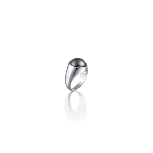 pinky swear_white gold_dark grey pearl