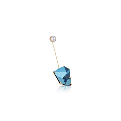a slow waltz earring_metalic blue