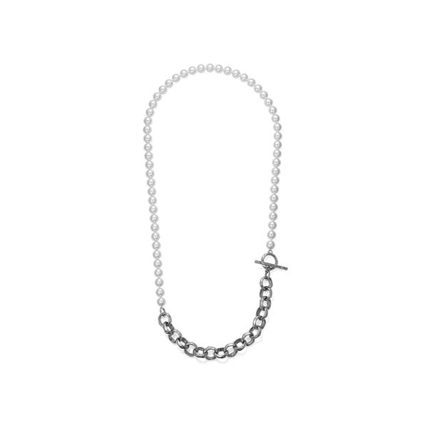 hammered chain_ pearl necklace_ white gold